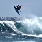 Video: Albee Layer lands first ever double Alley Oop in surfing history