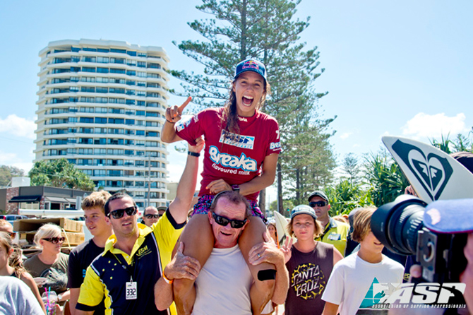 Sally Fitzgibbons (AUS) inaugural Breaka Burleigh Pro women's champion. Pic ASP/Will H-S