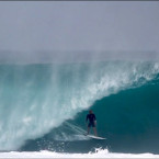 Video: Black Friday Banzai Pipeline