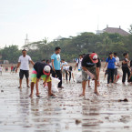 Community beach clean up effort continues