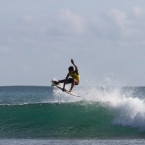80 Junior Surfers Show Up For The Last Stop of Rip Curl Gromsearch