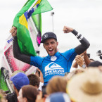 Filipe Toledo and Carissa Moore Big Wins at Snapper Rocks
