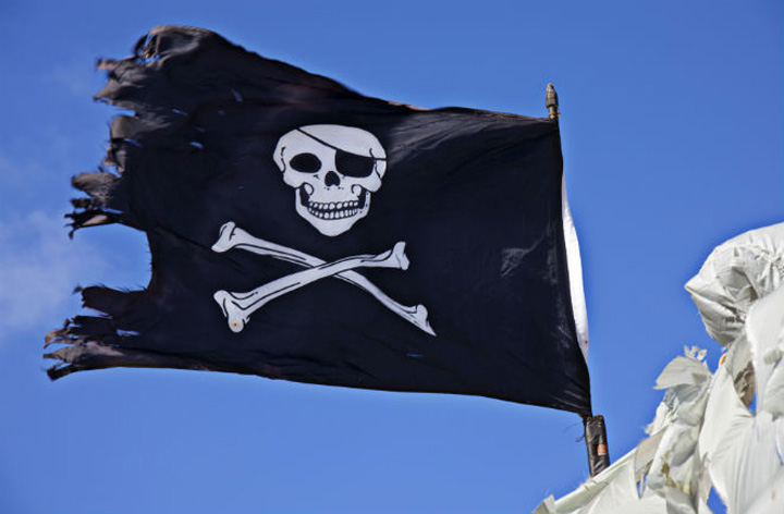 thebeatdaily_pirates-flag