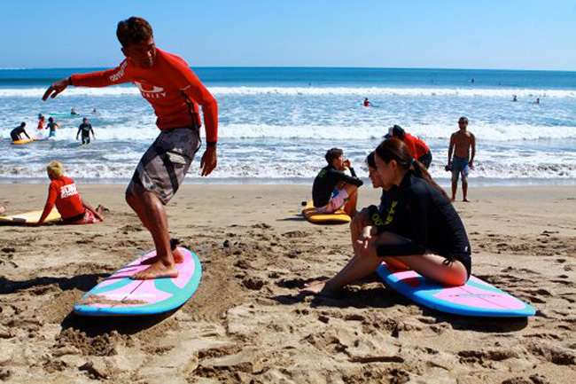 4 Ideal Beaches to Learn Surfing in Indonesia