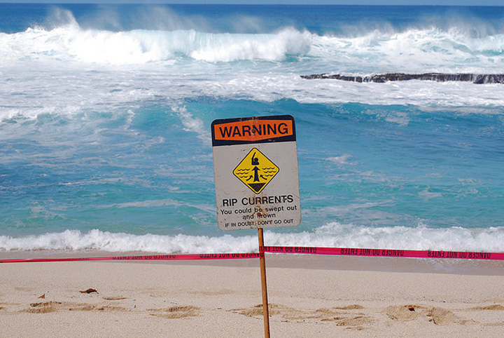 How To Get Out of a Rip Current