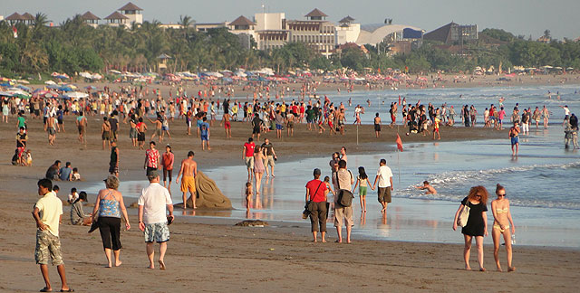 Over 4.48 Million Tourists Visit Bali in 2016