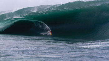 Best Big Wave Surf Spots in The Pacific