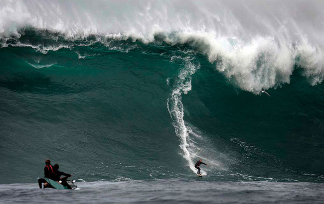 5 of Surfing's Deadliest Surf Spots