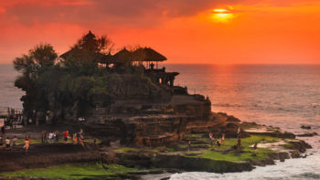 Tanah Lot Admission Prices to Increase by 100%