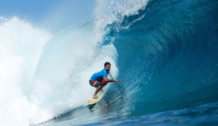 Bruno Santos Wins 2016 Billabong Pro Tahiti Trials