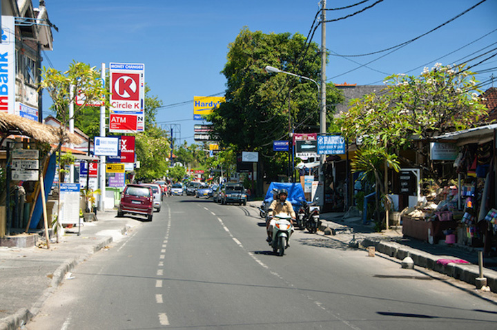 Snatch Thieves in Sanur, Bali Targeting Both Tourists and Local Residents