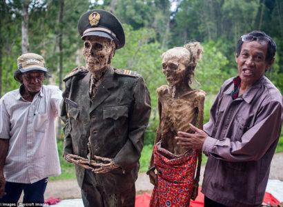 Indonesian Villagers Dig Up Their Ancestors and Dress Them to Show 'Love and Respect'