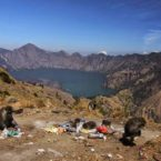 Mountains of Garbage Overshadow Indonesia's Ambitious Tourism Plans