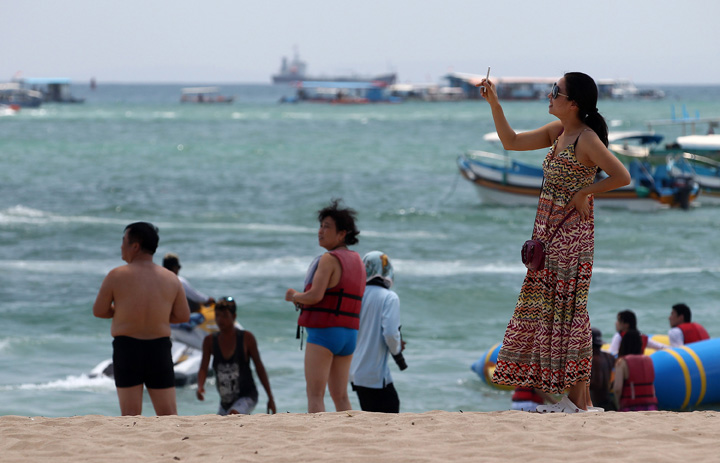 Chinese Tourists Visiting Indonesia Up 20 Percent