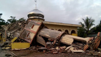 25 Dead, Dozens Missing After Quake Hits Indonesia's Aceh