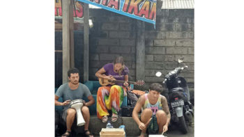 Three Russians Stopped and Arrested from Busking on the Streets of Tabanan, Bali