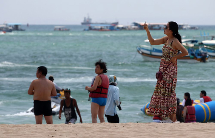 Quantity Over Quality May Bite Tourism to Bali