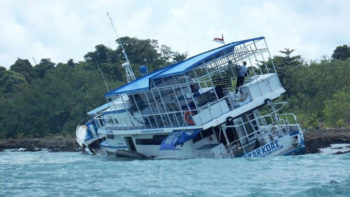 Mentawai Charter Boat Crashes and Burns
