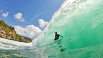 Indonesian Tourism Ministry To Hold 10 Surfing Competitions in 2018