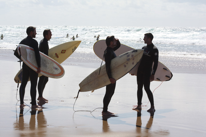 How to Survive Conversations With Non-Surfers