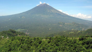 Volcanic Activity Increases, Alert Level Raised for Bali Mount Agung