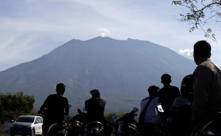 Mount Agung in Bali Could Erupt After The Area Reached Peak Earthquake Activity
