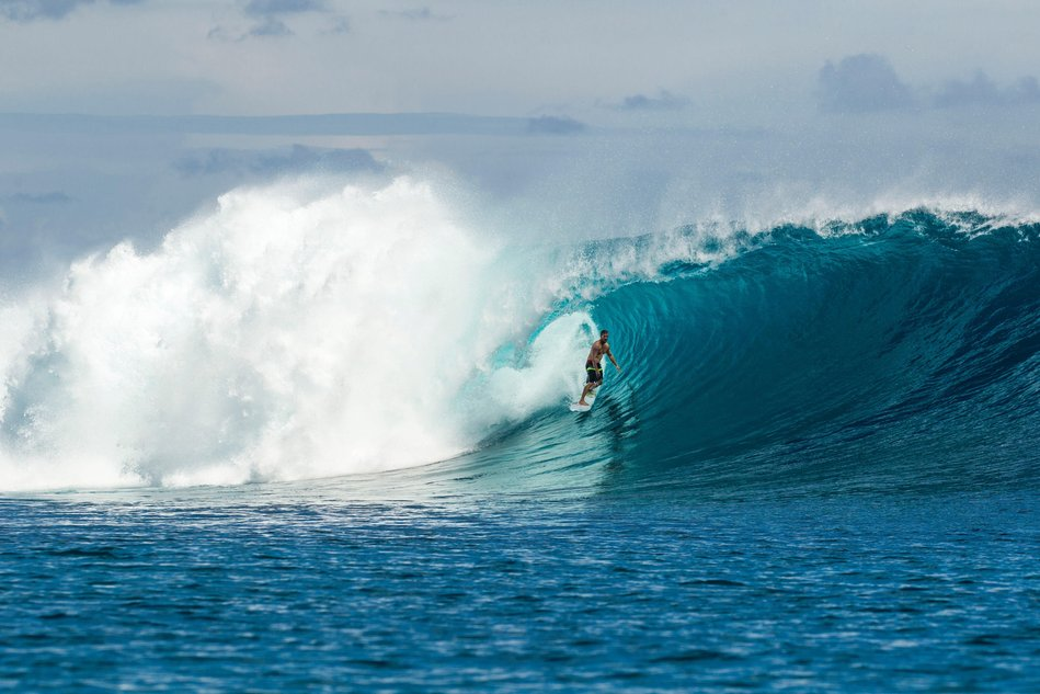 Video: Damien Hobgood Stands and Delivers in Indonesia