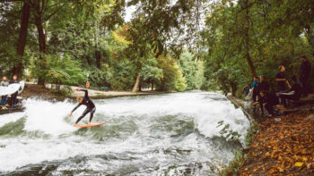 Video: Mick Fanning Surfs Eisbach River Wave in Munich