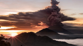 Bali Volcano Alert Raised, International Airport Closed and Extends Evacuation Zone